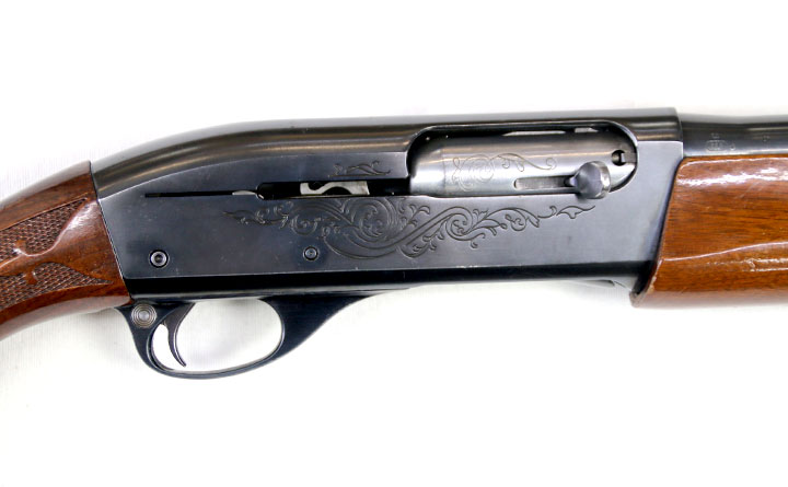 "【SOLD OUT】 中古 散弾銃 レミントン M1100 12-22""替え銃身付き"